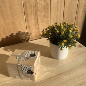 Bougeoir cube en bois
