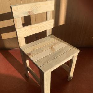 chaise-enfant-bois-le-mans
